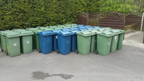 Residential bin cleaning