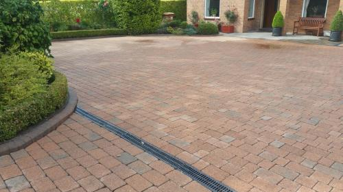 Block paving clean and treated